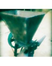 MELON SHELLING MACHINE